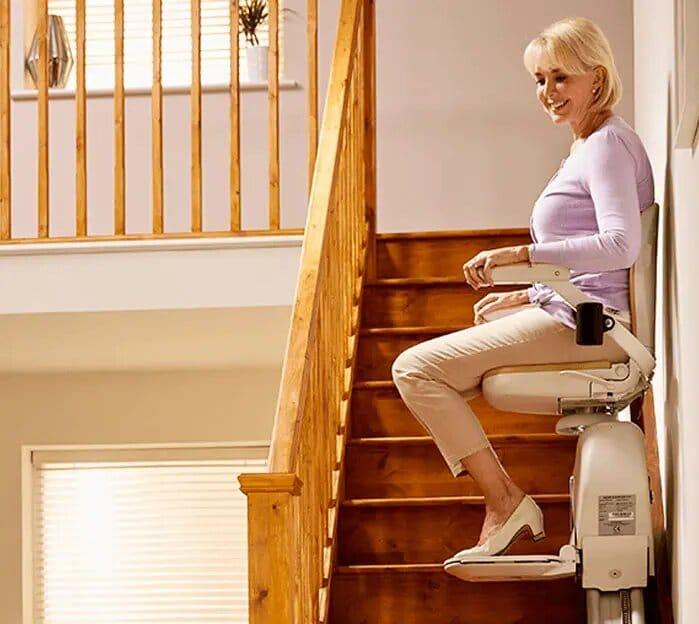 monte escalier aracorn 130 2