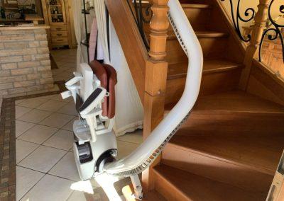 Monte escalier intérieur 9